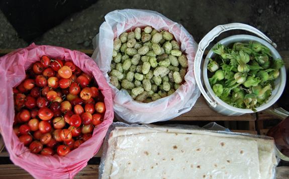 Azerbaijan Travel - Quba - Roadside Vendors