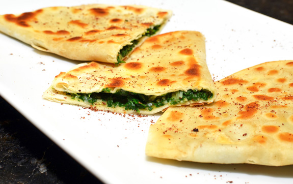 Kutab, Azeri Stuffed Flatbread